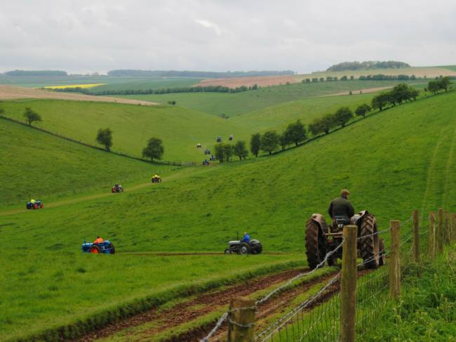 Tractors take over the Wolds!